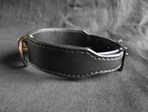 Black leather collar details
